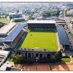 Stade 11