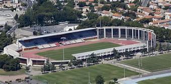 Stade 24
